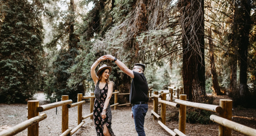 8 Ways the Universe Signals Love is on its Way to You